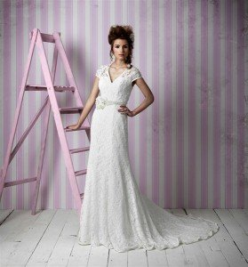 0007567_600_Wedding_Dresses_Charlotte_Balbier_PEARL