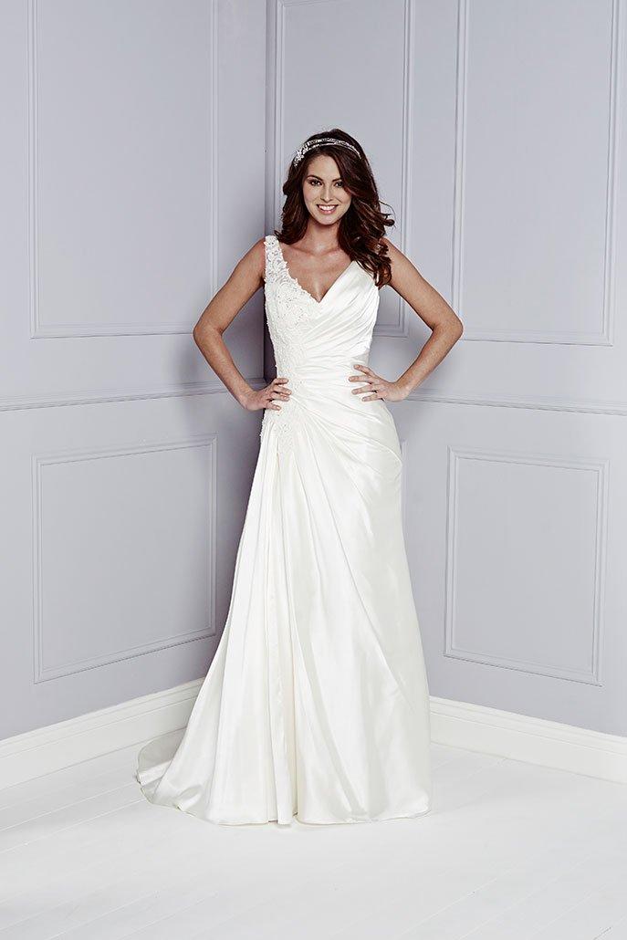 Amanda Wyatt Charlotte Balbier Wedding Dresses