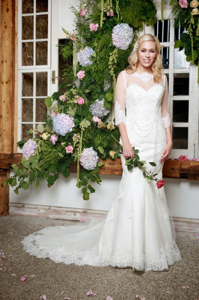 Amanda Wyatt Wedding Dress