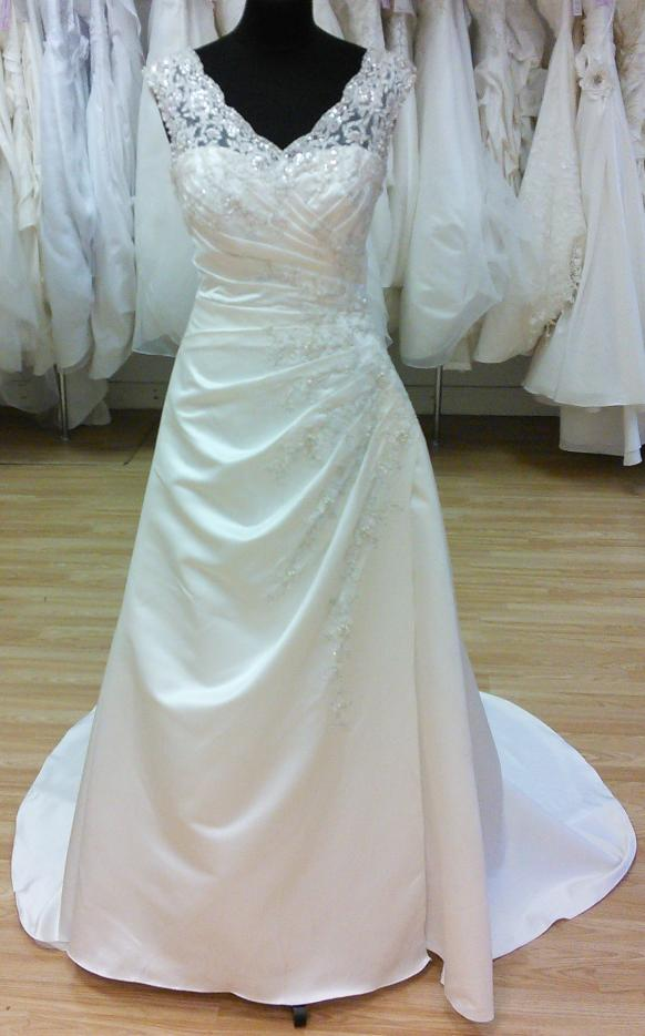 Plus size wedding dresses chester liverpool for Plus size wedding dresses size 32 and up