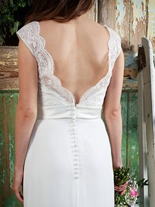 Amanda Wyatt 'Hermione' by Copplestones Bridal