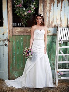 Amanda Wyatt 'Love' at Copplestones Bridal